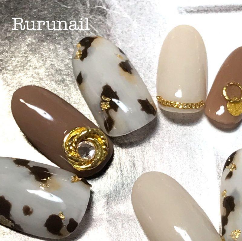 画像3: 白べっ甲とゴールドアートのかっこいい美爪ネイルチップ(371)